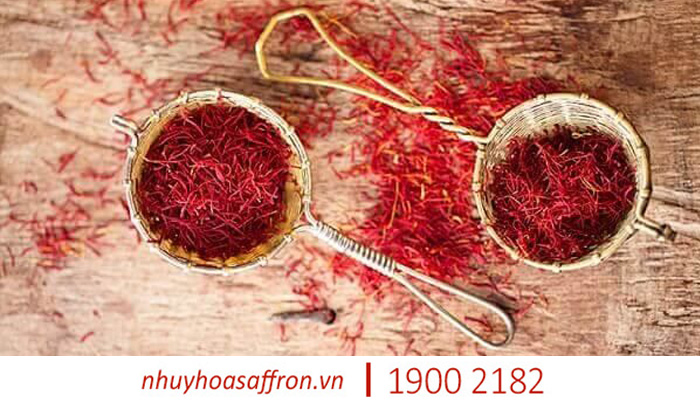 lam the nao de su dung nhuy hoa nghe tay saffron dung cach trong can bep 3